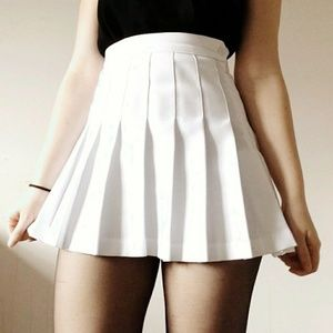American Apparel White Pleated high waisted skirt